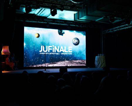 Screen_Lightpainting_JuFinale2017_06